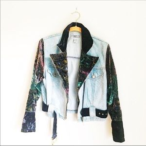 VINTAGE Denim Cropped Jean Jacket Size M